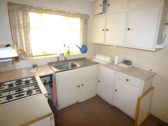 Sidcup - Kitchen Before 2