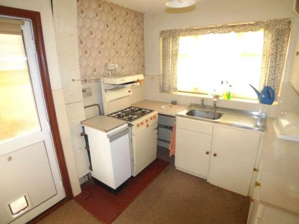 Sidcup - Kitchen before